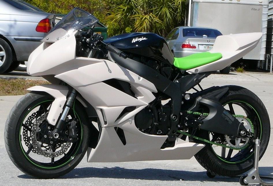 Index of /forum/sharkskinz_motorcycle_bodywork/