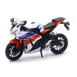 New Ray Toys 1:12 Scale Honda CBR1000RR 2016 Sport Bike Toy 57793 Red