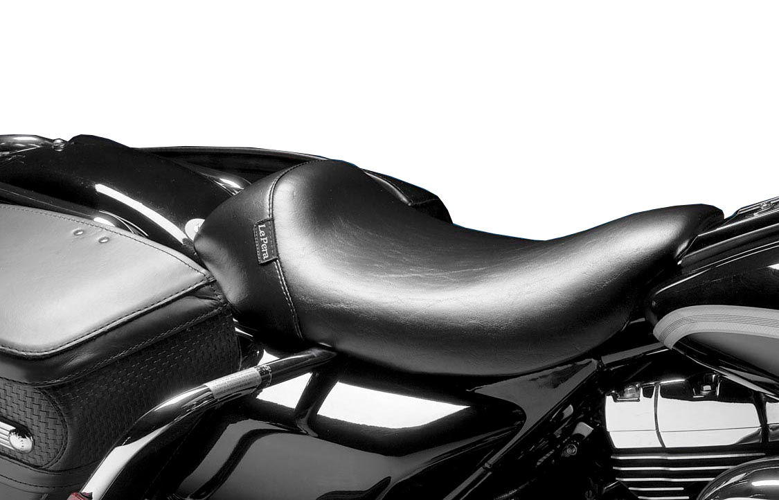 Le Pera Bare Bones Solo Seat Smooth Black For Harley FLHR